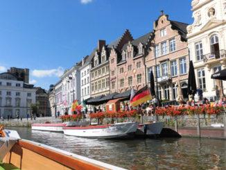 ベルギーゲントの川沿い